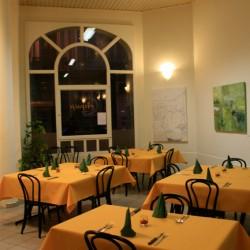 Cafetaria-le-soir-250x250